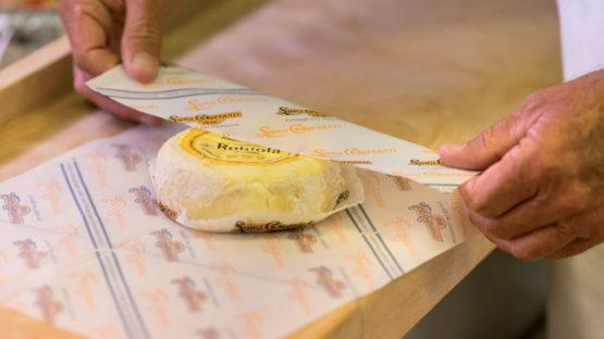 Convivere con i formaggi: la conservazione in casa
